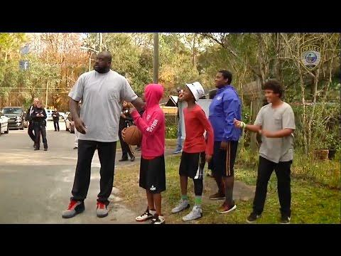 Shaq Surprises & Plays Basketball With Gainesville Cop & Florida Kids